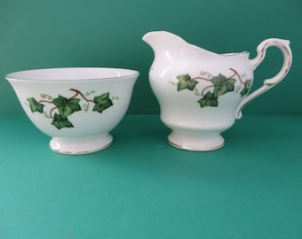 Colclough vintage 1960's Ivy Leaf footed Creamer set
