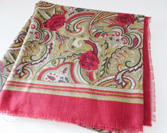 Vintage 1980's  winter red paisley and floral fringed scarf