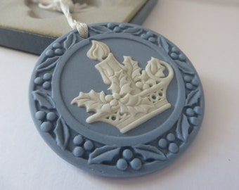Wedgwood Jasperware Christmas   vintage 1990's  decoration