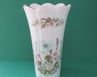 Aynsley large vintage 1970's Mayfair style Wild tudor vase
