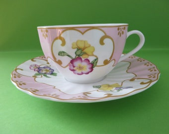 Worcester pink floral Petal teacup and saucer