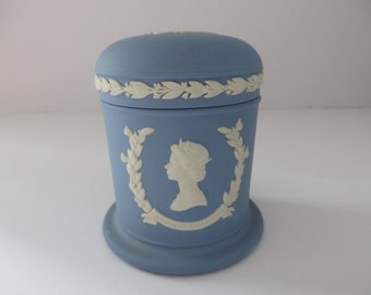 Wedgwood Jasperware Royal vintage 1970's pale blue lidded pot