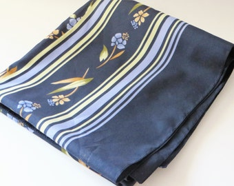 Eastex vintage 1990's  navy and floral scarf