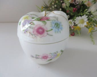 Trinket boxes/pin dishes