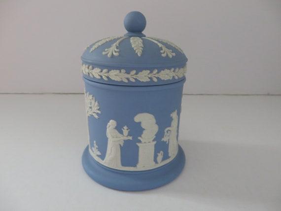Wedgwood Runnymede Blue Lidded Round Trinket Box