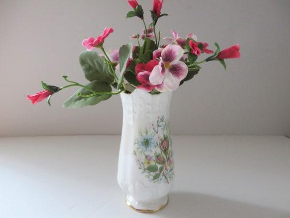 Aynsley vintage 1970's Wild Tudor Victorian vase