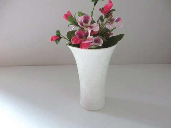 Kaiser West Germany vintage 1970's white floral vase