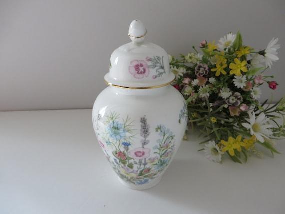 Aynsley 1970's vintage Wild Tudor Ginger jar