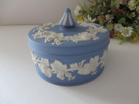 Wedgwood Jasperware pale  blue vintage 1960's trinket box