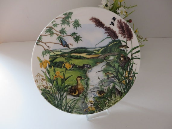 Wedgwood vintage 1980's  Meadows and Wheatfields wall plate