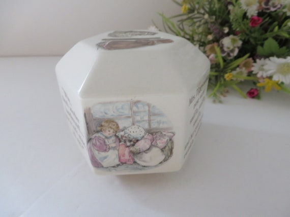 Beatrix Potter vintage Mrs Tiggie Winkle 1980's Money box