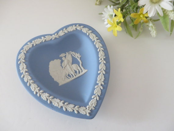 Wedgwood Jasperware blue vintage 70's heart trinket dish