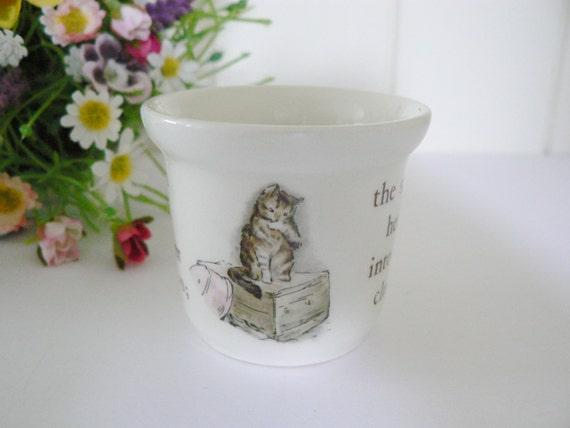 Wedgwood Beatrix Potter vintage Mrs.Tiggy Winkle  egg cup