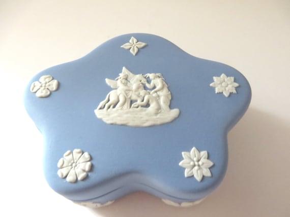 Wedgwood Jasperware 1970's vintage pale  blue  trinket box