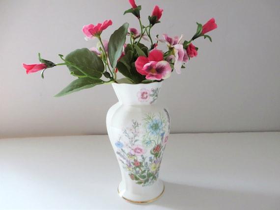 Aynsley vintage 1970's Wild Tudor Chatsworth shape vase