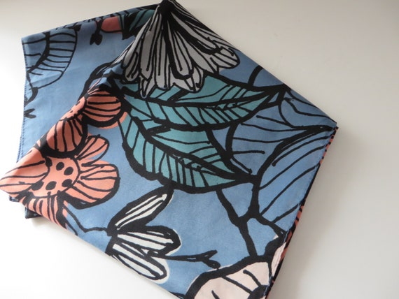 Lafayette Collection 1980's vintage blue floral large scarf