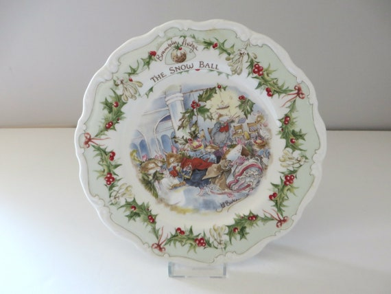 Brambly Hedge  vintage 1984 The Snow Ball plate
