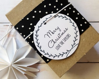Personalised Wreath Christmas Gift Tags (12)
