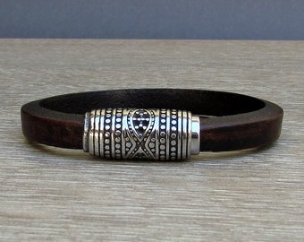NEW DESIGN Mens Bracelet,Stainless Steel, Silver Leather Bracelet, Leather Mens Bracelet, Customized On Your Wrist