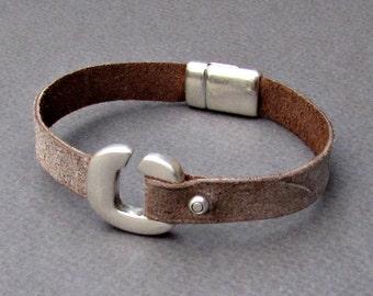 Leather Mens Bracelet,  Boyfriend Gift,  Mens Gift, Gift for Him, Gift for Husband, For Him, Boyfriend Gift  Customized On Your Wrist