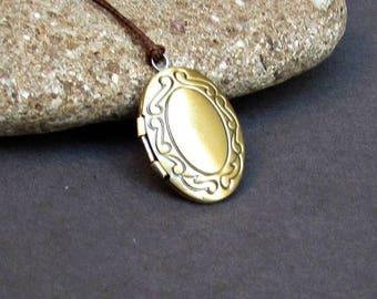Tiny Oval Locket Necklace Pendant, Bronze Mens  Simple Locket Necklace  Antique Long Necklace Keepsake Necklace
