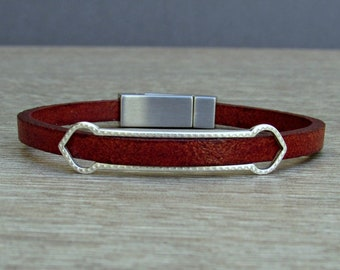 NEW DESIGN Boyfriend Gift, Mens Bracelet, Leather Bracelet, Leather Mens Bracelet, Silver Plated Customized On Your Wrist