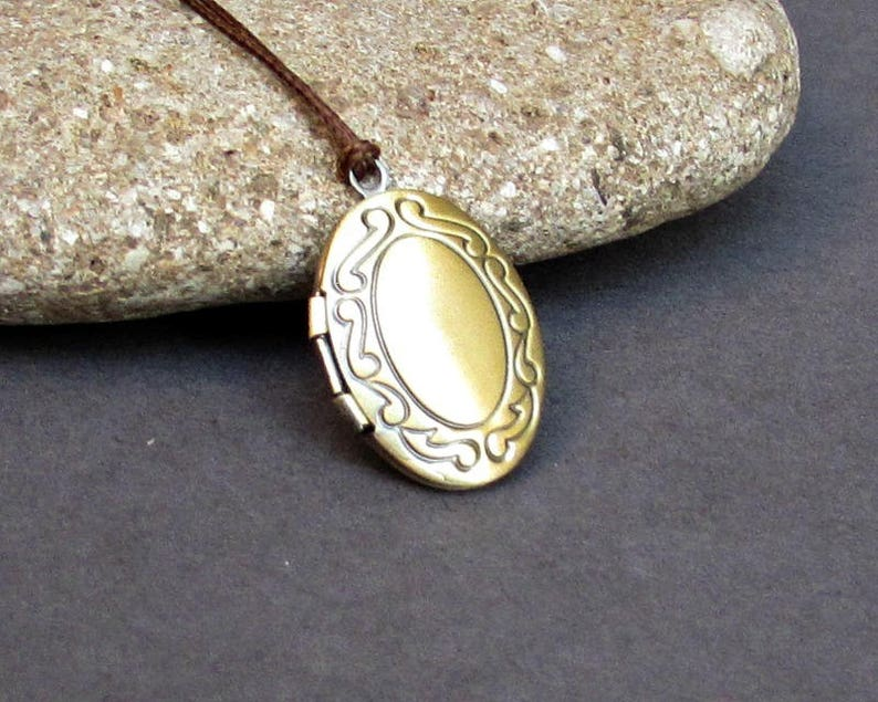 Bronze Mens  Simple Locket Necklace  Antique Long Necklace Keepsake Necklace Tiny Oval Locket Necklace Pendant