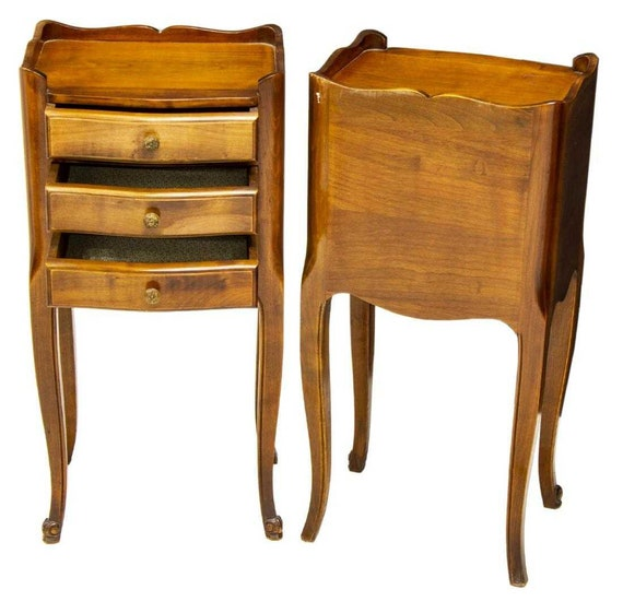 newest collection d2348 2bd2b Pair of Vintage French Louis XV Carved Walnut Chest of Drawers Bedside  Cabinets SALE!