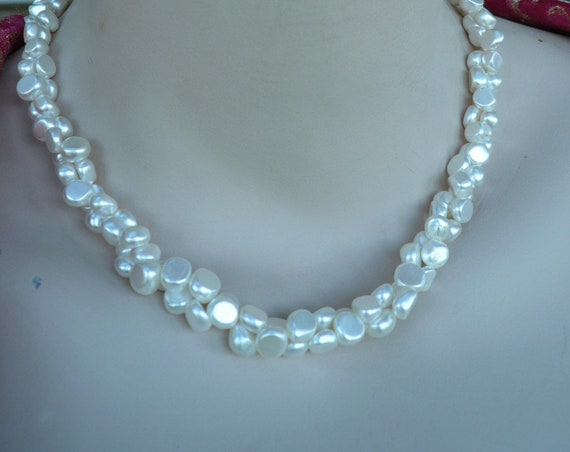 A striking  vintage beaded 2 stranded faux pearl necklace
