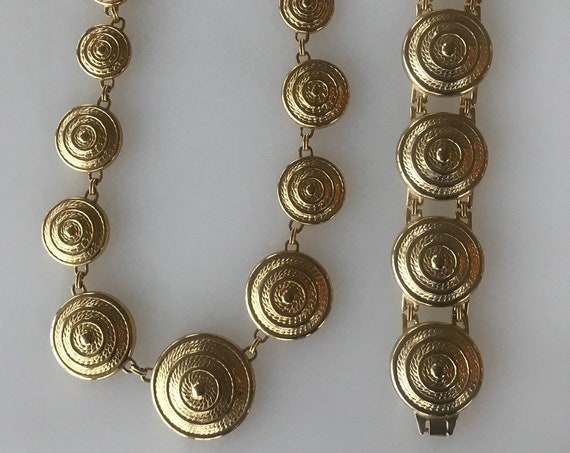 1980s gold toned statement piece jewellery set  large gold rope twist discs
