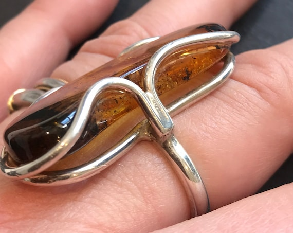 Huge hallmarked vintage Baltic Amber nugget and sterling silver statement piece ring