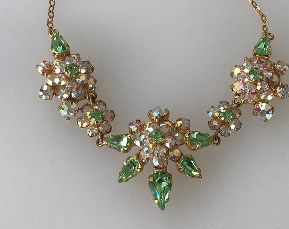 Beautiful vintage rhinestone choker necklace pale green and pink