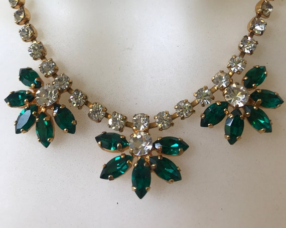 Beautiful vintage rhinestone choker necklace set with dark emerald green rhinestones