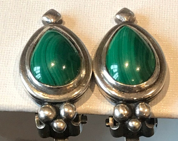Beautiful vintage malachite and silver small clip on earrings signed MJ