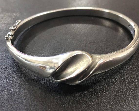 Solid 925 silver ladies bracelet modernist style