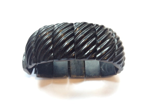 Beautiful Victorian dyed horn cuff panel black mourning bracelet