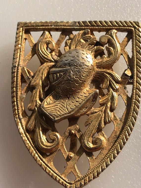 Vintage signed Alucraft knight crest heraldic style shield brooch pin