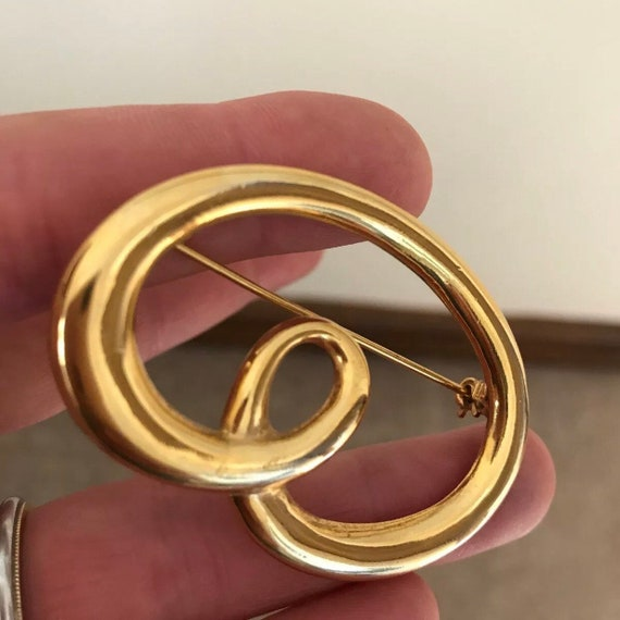Signed Barcs Australia Vintage Gold Plated Swirl Brooch