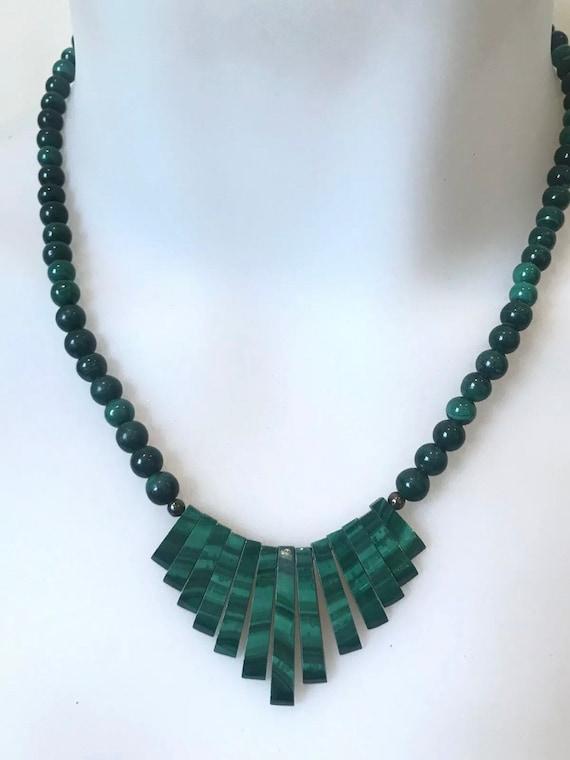 Beautiful Vintage Malachite Stone Beaded Necklace