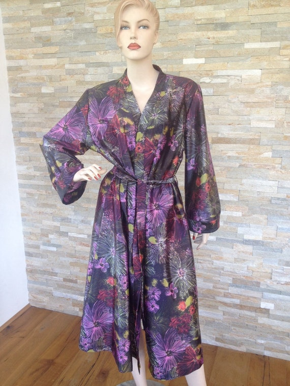 Brightly coloured Vintage 1970s floral print dressing gown robe size 18/20