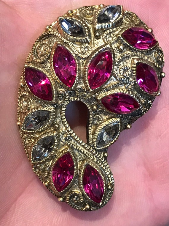 Stunning 1950s 60s vintage statement piece brooch pink and grey rhinestones gold toned brooch