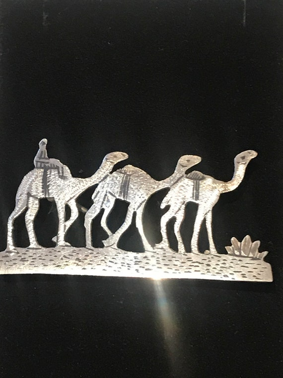 Vintage Art Deco Egyptian Niello SilverThree Camel train brooch / pin