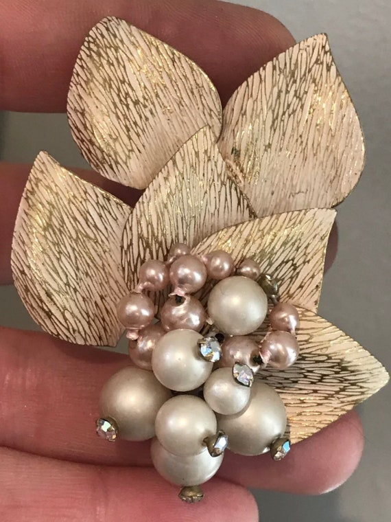 Floral Vintage Brooch And Matching Clip On Earrings Set Of Jewellery brushed metal and faux pearl