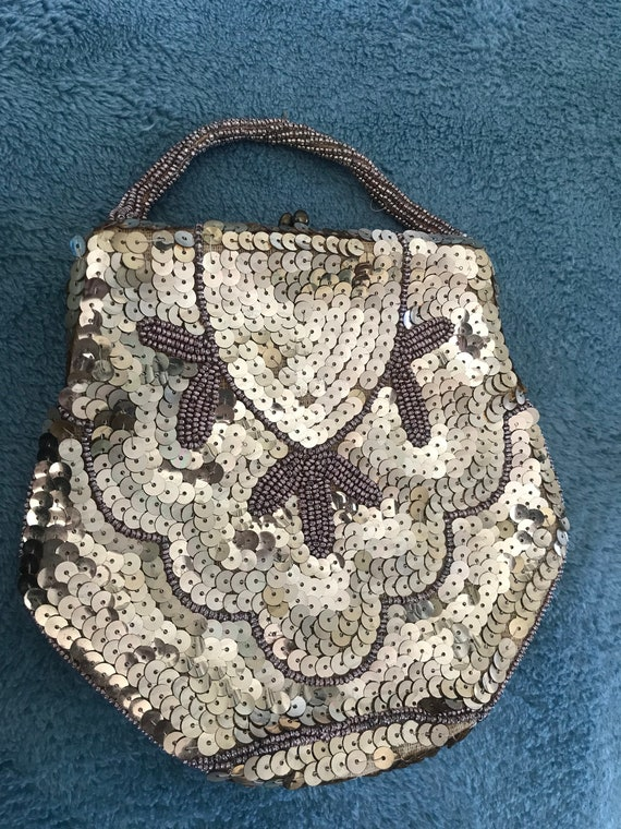 Art Deco gold beaded and sequinned evening purse  bag
