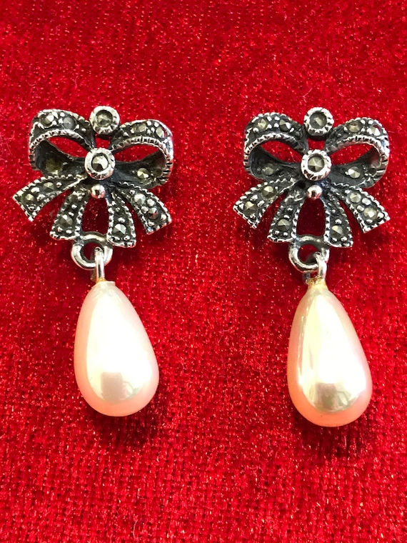Exquisite Art Deco Style faux pearl Sterling Silver and Marcasite drop earrings pierced