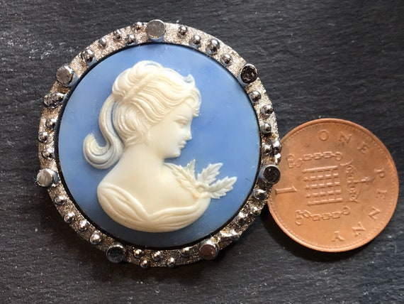 Striking pale blue vintage cameo portrait brooch