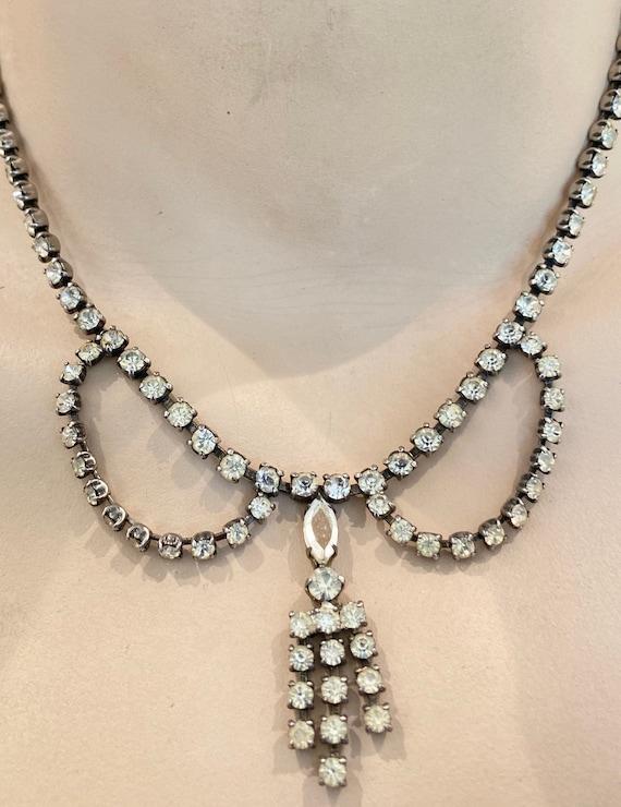 Beautiful vintage rhinestone adjustable tassel necklace set with rhinestones