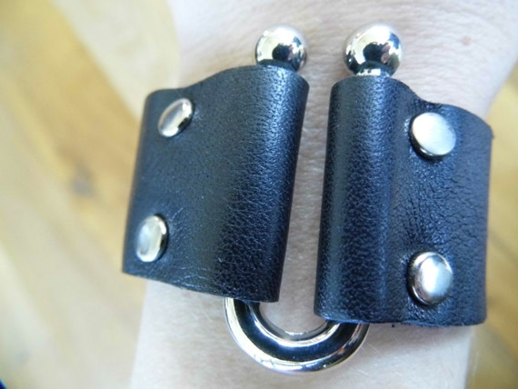 Punk/Goth/Unisex black real leather cuff wrist band