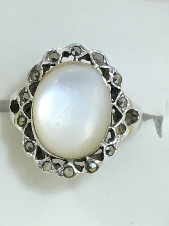 Vintage 925 silver mother of pearl and Marcasite ladies ring size K or US 5.5