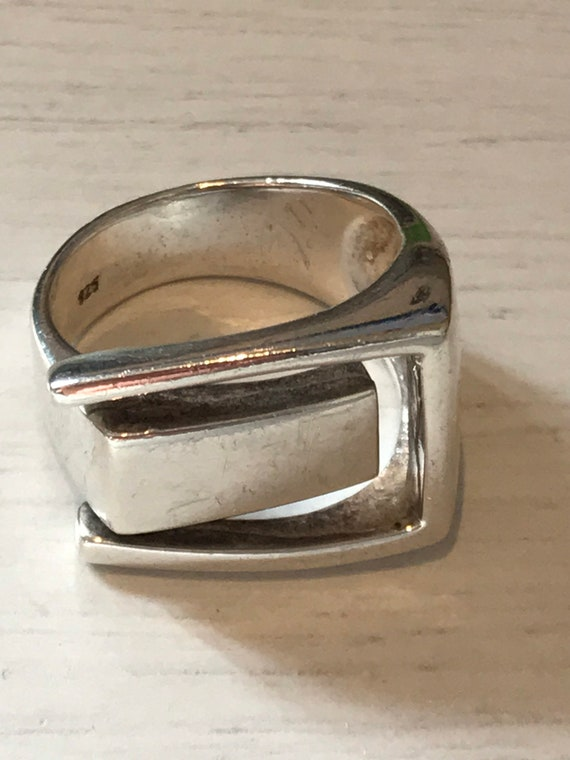 Vintage solid silver modernist style Statement piece Solid silver ring U.K. ring size R or a US size 8.5